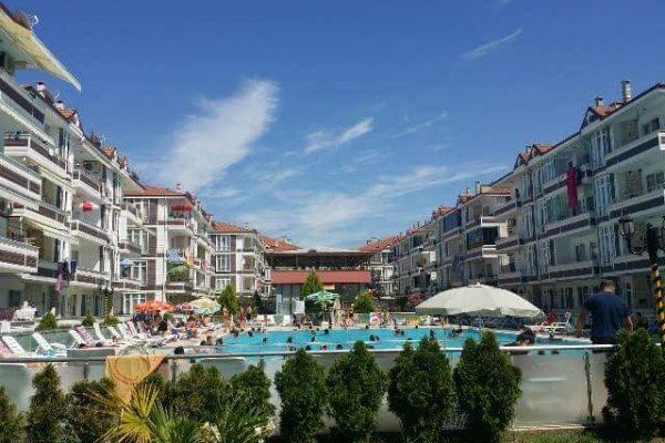 karasu-evleri-villa-konforunda-tatil-yapabileceginiz-havuzlu-projeler-3