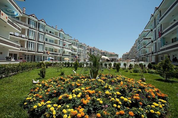 karasu-evleri-villa-konforunda-tatil-yapabileceginiz-havuzlu-projeler-2